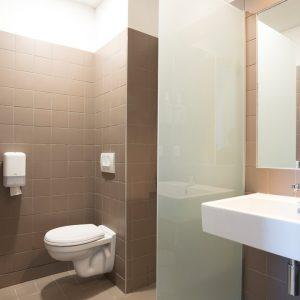 Salle de bain de chambre d'hôtel dans Bordeaux