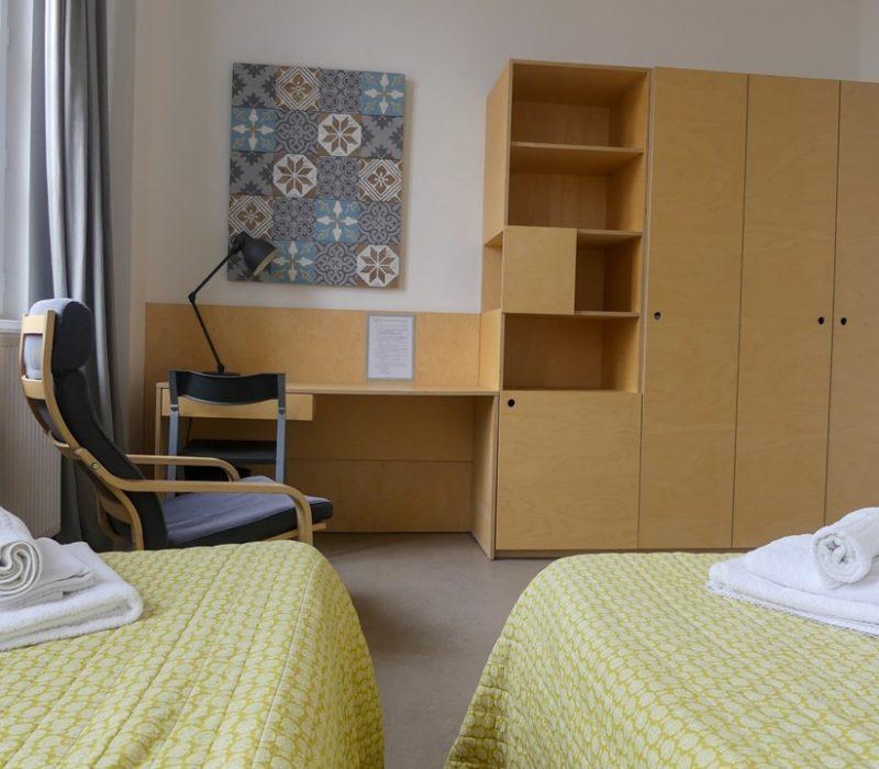 Chambre de l'Hotel Saint Louis Beaulieu dans le centre ville de Bordeaux