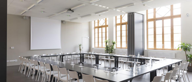 Salle de réunion & réception dans Bordeaux, spacieuse et lumineuse